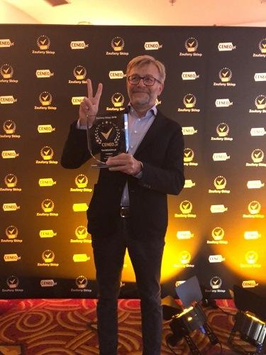 TaniaKsiazka.pl na podium w rankingu e-sklepów Ceneo 2018. Mamy Złoty Laur!